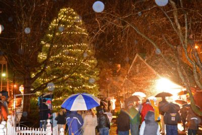 Christmas tree lighting Middleburg VA